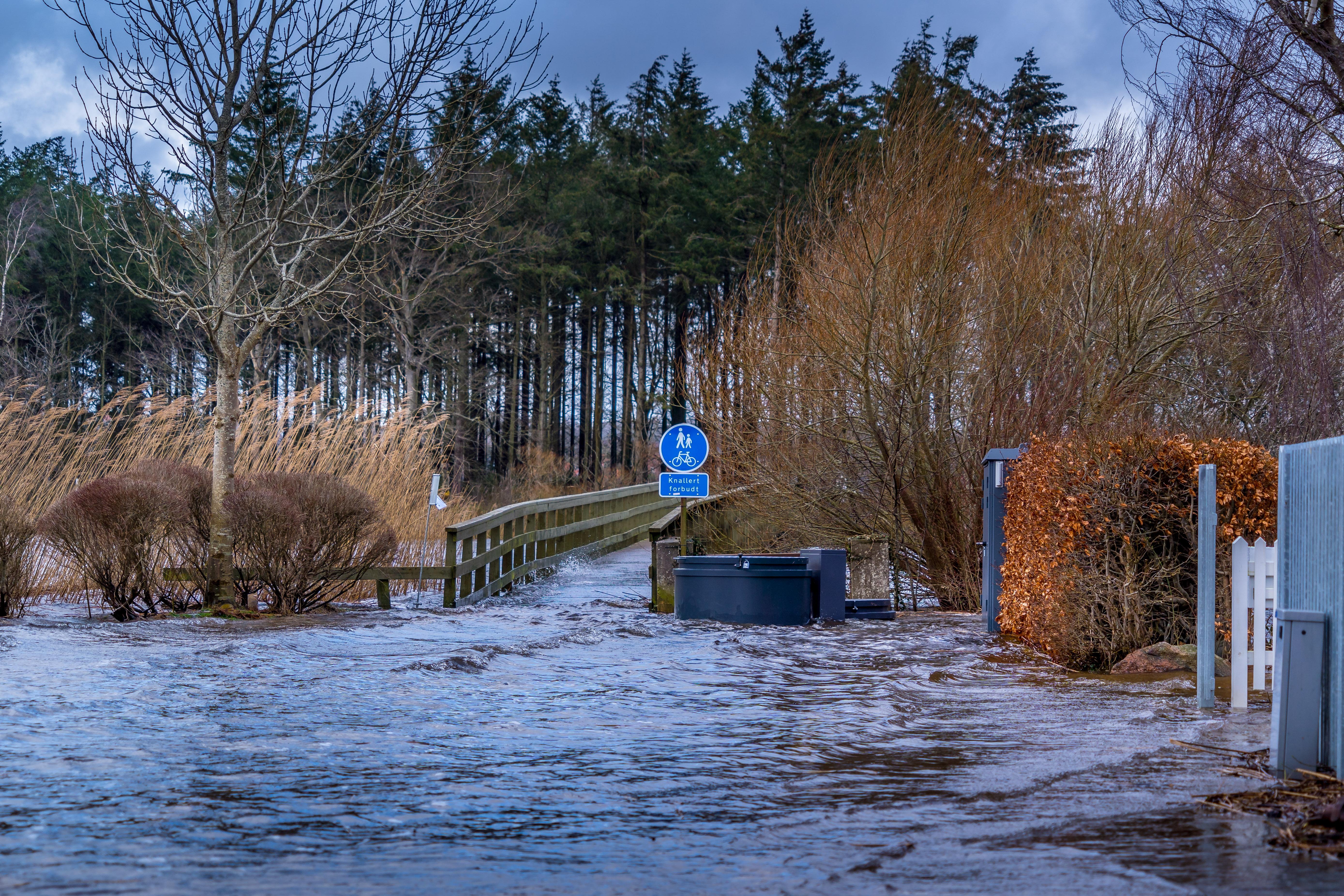 Pas på vand på vejene  risiko...
