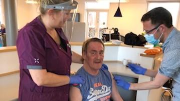 20210131 2 vaccination på Solgården