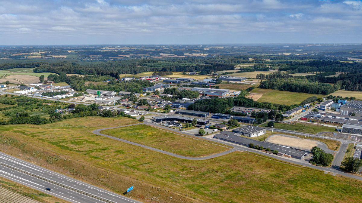 Billede af erhvervsområde fra luften.